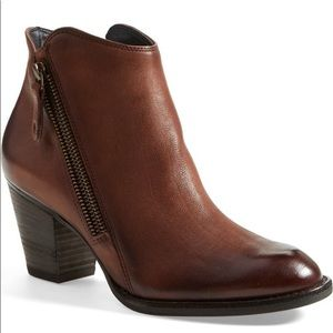 Paul Green | Aubrey Leather Zip Ankle Boots